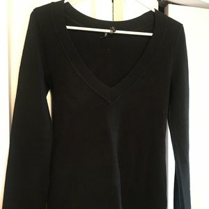 TakeOut low cut v-neck sweater black Small